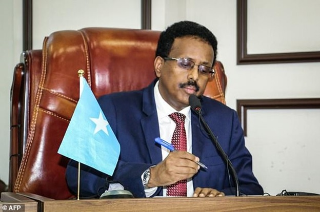 Somali president suspends prime minister's executive powers in escalating row